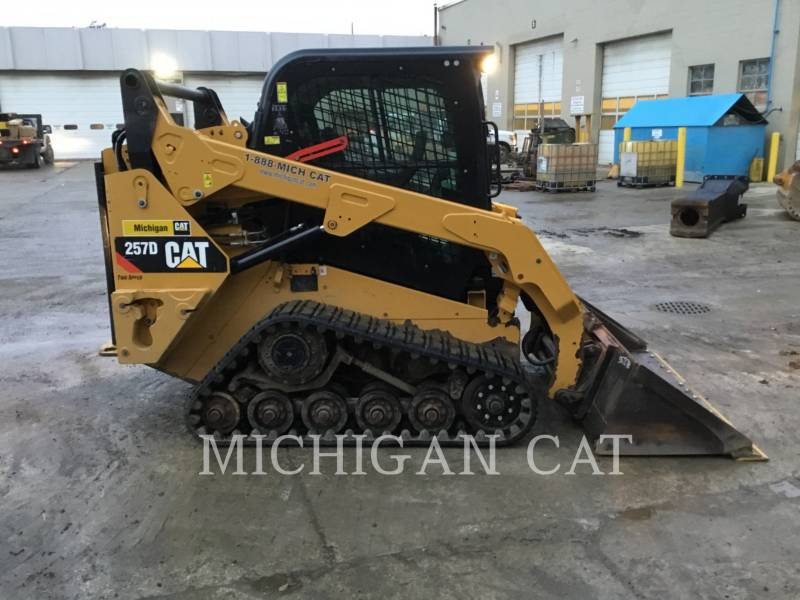 CATERPILLAR CHARGEURS TOUT TERRAIN 257D A2Q equipment  photo 7