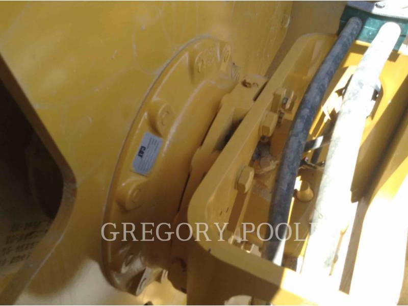 CATERPILLAR VIBRATORY SINGLE DRUM SMOOTH CS-56B equipment  photo 10
