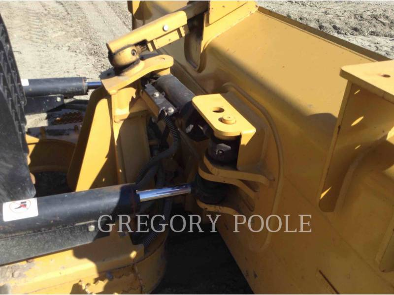 CATERPILLAR TRACTORES DE CADENAS D5K2 XL equipment  photo 9