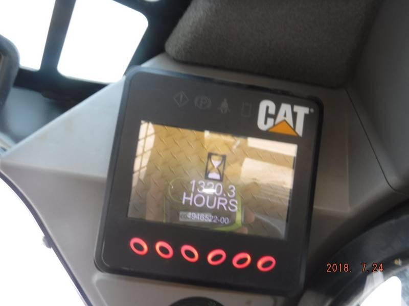 CATERPILLAR CARREGADEIRAS TODO TERRENO 249 D equipment  photo 8