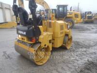 CATERPILLAR COMPACTORS CB32 equipment  photo 3