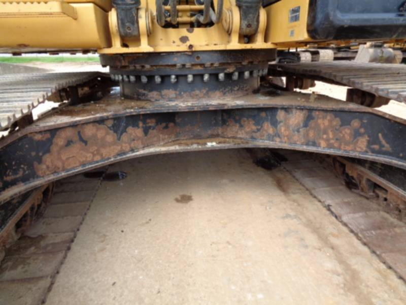 CATERPILLAR TRACK EXCAVATORS 320DL equipment  photo 24
