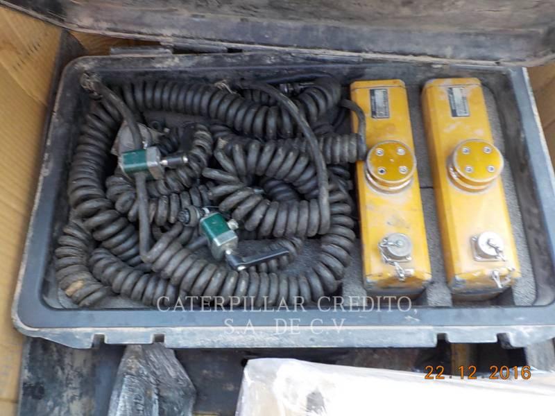 CATERPILLAR PAVIMENTADORA DE ASFALTO AP-655D equipment  photo 20