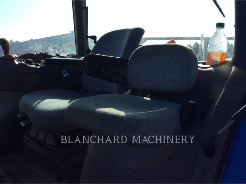 NEW HOLLAND LTD. AG TRACTORS TG305 equipment  photo 13