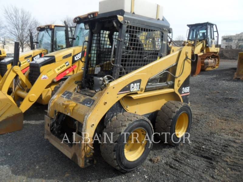 CATERPILLAR CHARGEURS COMPACTS RIGIDES 246 B equipment  photo 4
