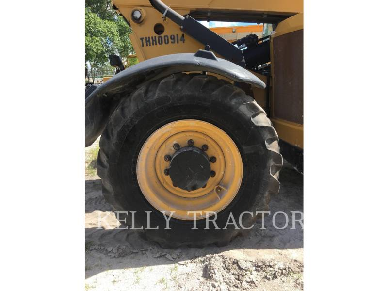 CATERPILLAR TELEHANDLER TL943C equipment  photo 10