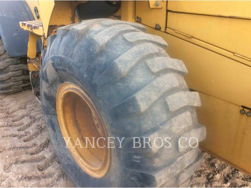 DEERE & CO. WHEEL LOADERS/INTEGRATED TOOLCARRIERS 544K equipment  photo 13