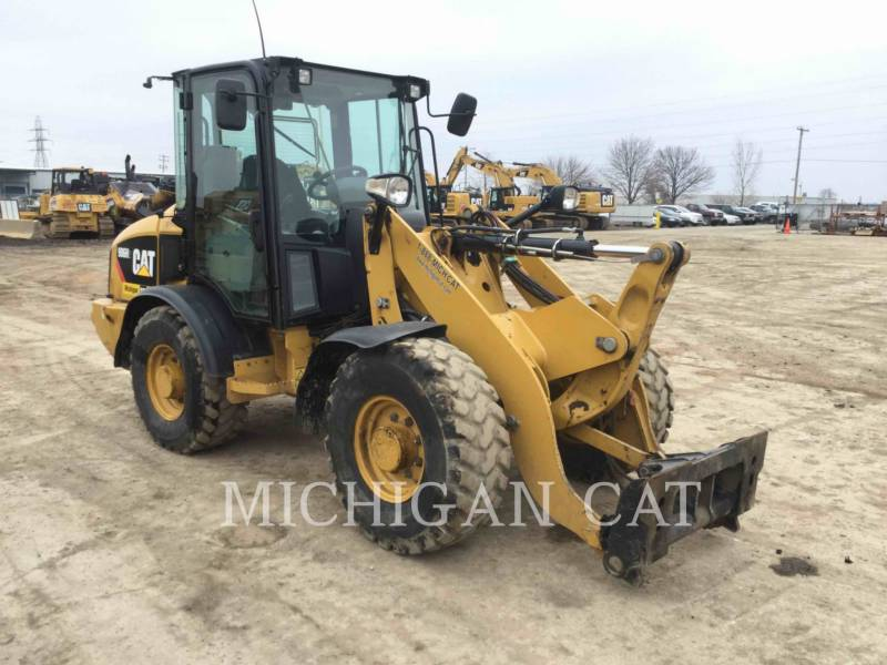 CATERPILLAR CARGADORES DE RUEDAS 906H2 equipment  photo 1