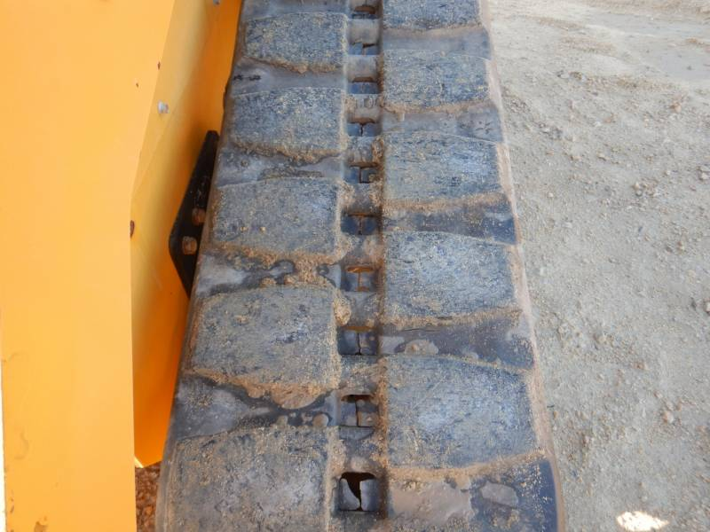CATERPILLAR PALE CINGOLATE MULTI TERRAIN 279 D equipment  photo 8