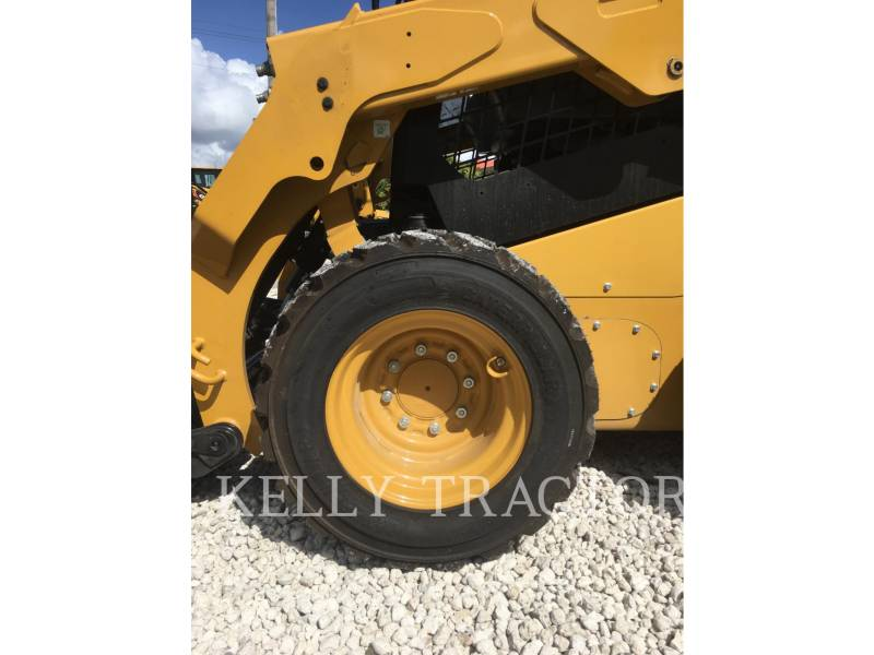 Caterpillar MINIÎNCĂRCĂTOARE RIGIDE MULTIFUNCŢIONALE 236D equipment  photo 9