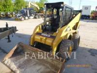 CATERPILLAR CHARGEURS COMPACTS RIGIDES 252B equipment  photo 1