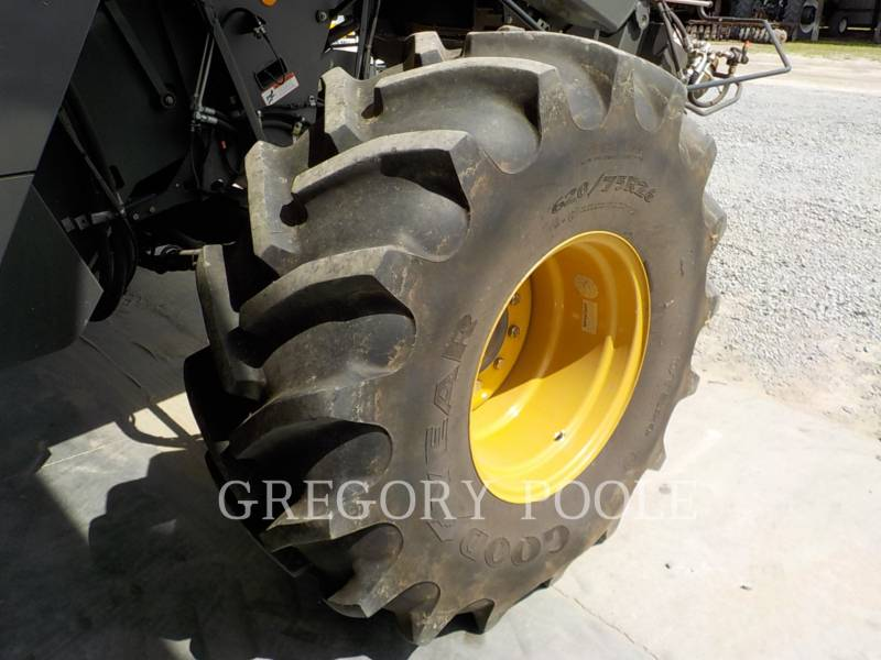 LEXION COMBINE COMBINADOS 750TT equipment  photo 12