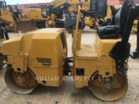 CATERPILLAR VIBRATORY DOUBLE DRUM ASPHALT CB22 equipment  photo 2