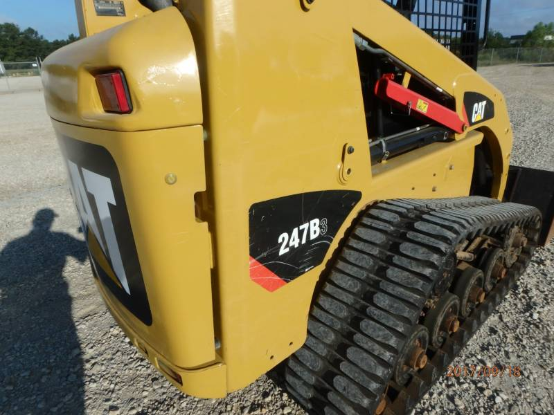 CATERPILLAR MULTI TERRAIN LOADERS 247B3 equipment  photo 23