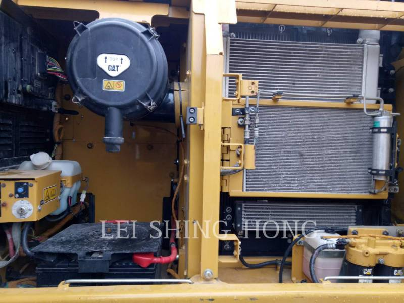 CATERPILLAR PELLES SUR CHAINES 323D2 L equipment  photo 10