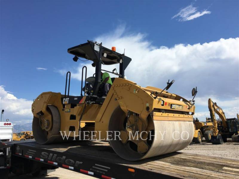 CATERPILLAR TANDEMVIBRATIONSWALZE, ASPHALT CB64 R9 equipment  photo 4