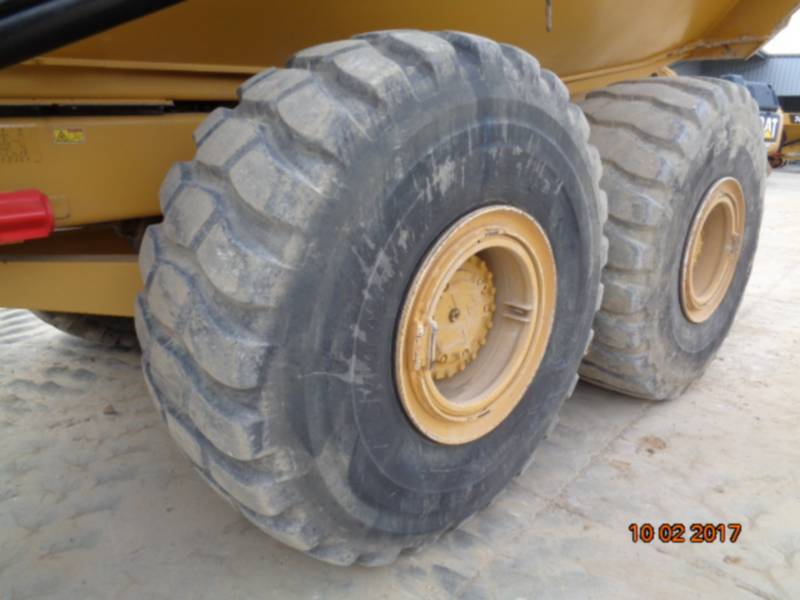 CATERPILLAR TOMBEREAUX ARTICULÉS 740B equipment  photo 18