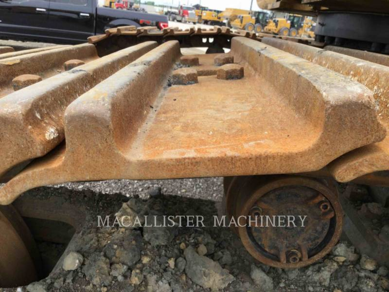 CATERPILLAR TRACK EXCAVATORS 374DL equipment  photo 12