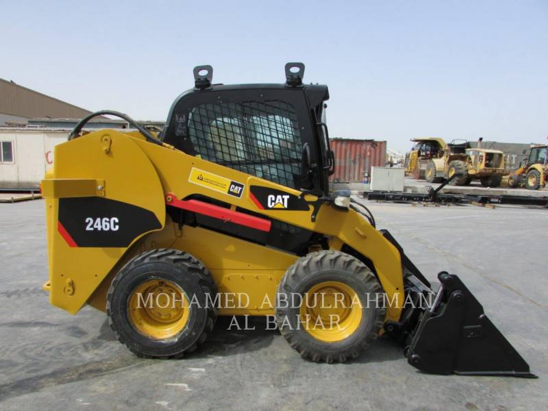 CATERPILLAR MINICARGADORAS 246C equipment  photo 6