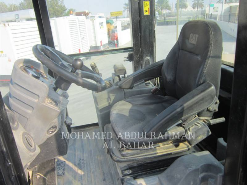 CATERPILLAR VIBRATORY SINGLE DRUM SMOOTH CS 533 E equipment  photo 10