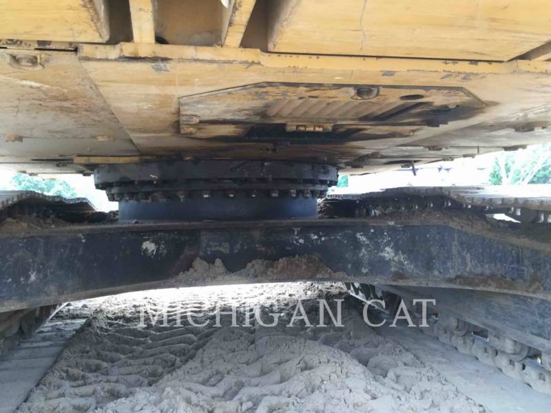 CATERPILLAR TRACK EXCAVATORS 322BL equipment  photo 20