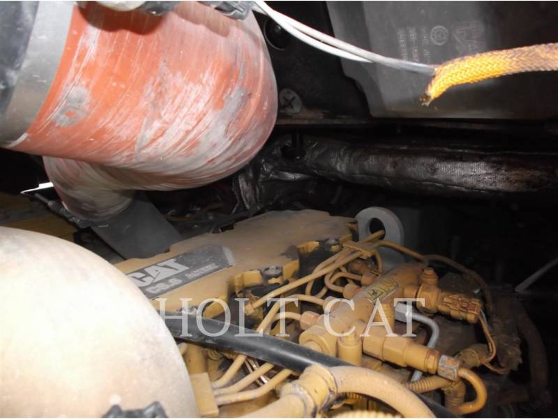 CATERPILLAR CARGADORES DE CADENAS 963D WHA equipment  photo 10