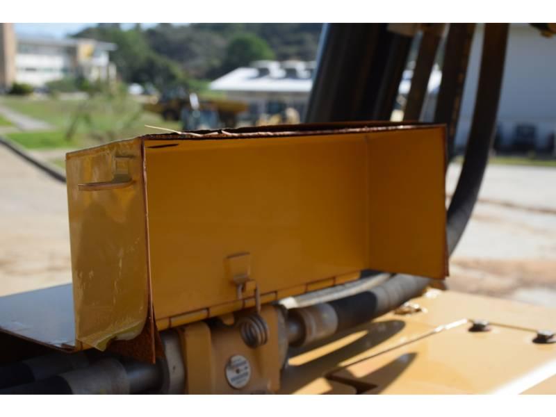 CATERPILLAR TRACTEURS SUR CHAINES D 8 T equipment  photo 17