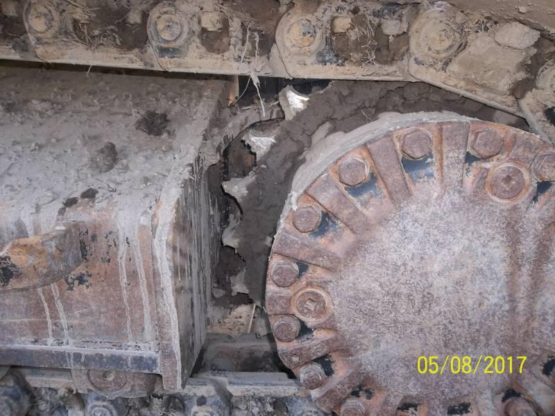 CATERPILLAR TRACK EXCAVATORS 320DLRR equipment  photo 5