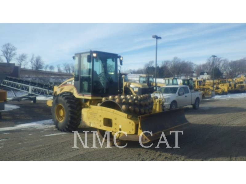 CATERPILLAR VIBRATORY SINGLE DRUM SMOOTH CP-563E equipment  photo 4