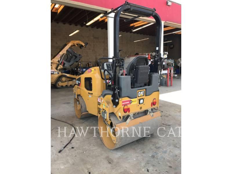 CATERPILLAR COMPACTORS CB24B equipment  photo 6