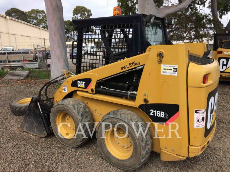 CATERPILLAR SKID STEER LOADERS 216B2 equipment  photo 6