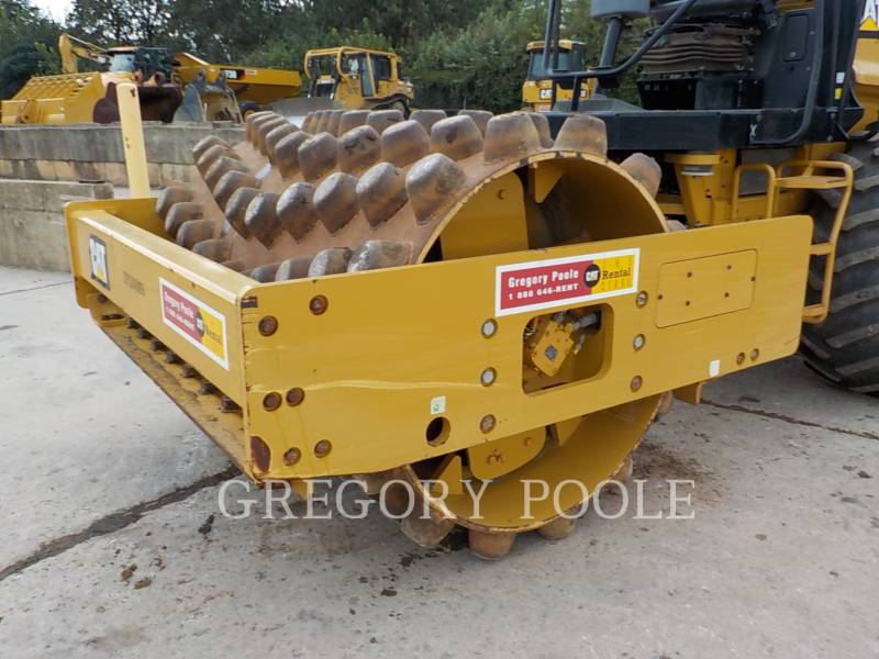 CATERPILLAR VIBRATORY SINGLE DRUM PAD CP54B equipment  photo 3