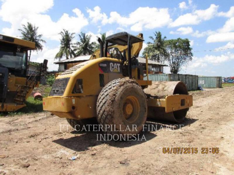 CATERPILLAR COMPACTADORES DE SUELOS CS-533E equipment  photo 1