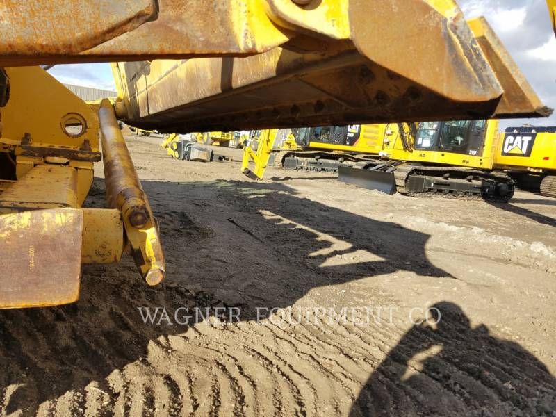 Caterpillar COMPACTOARE 815FII equipment  photo 8