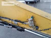 CATERPILLAR TRACK EXCAVATORS 323DL equipment  photo 10