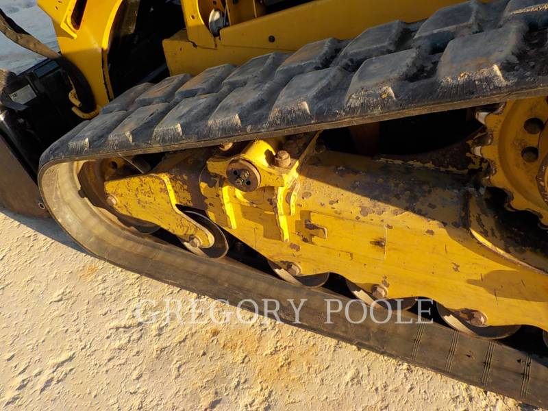CATERPILLAR CHARGEURS TOUT TERRAIN 279D equipment  photo 16