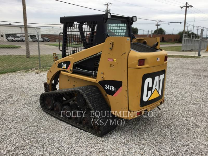 CATERPILLAR SKID STEER LOADERS 247B2STD1O equipment  photo 3