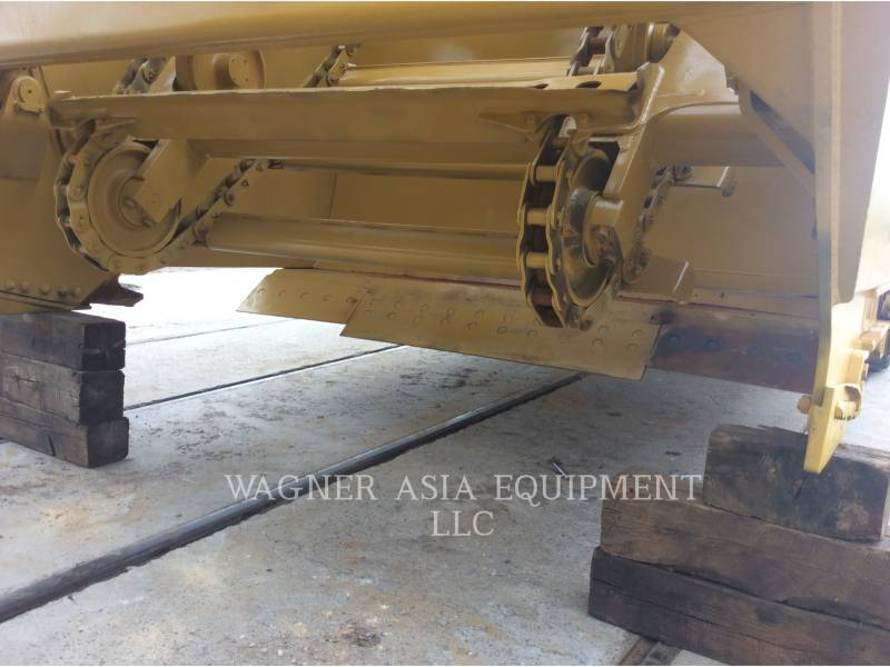 CATERPILLAR MOTOESCREPAS 623G equipment  photo 9