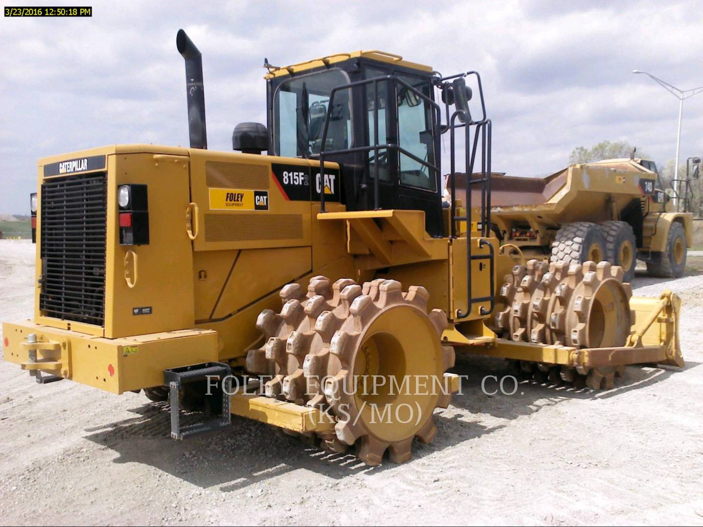 Detail photo of 2015 Caterpillar 815FII from Construction Equipment Guide