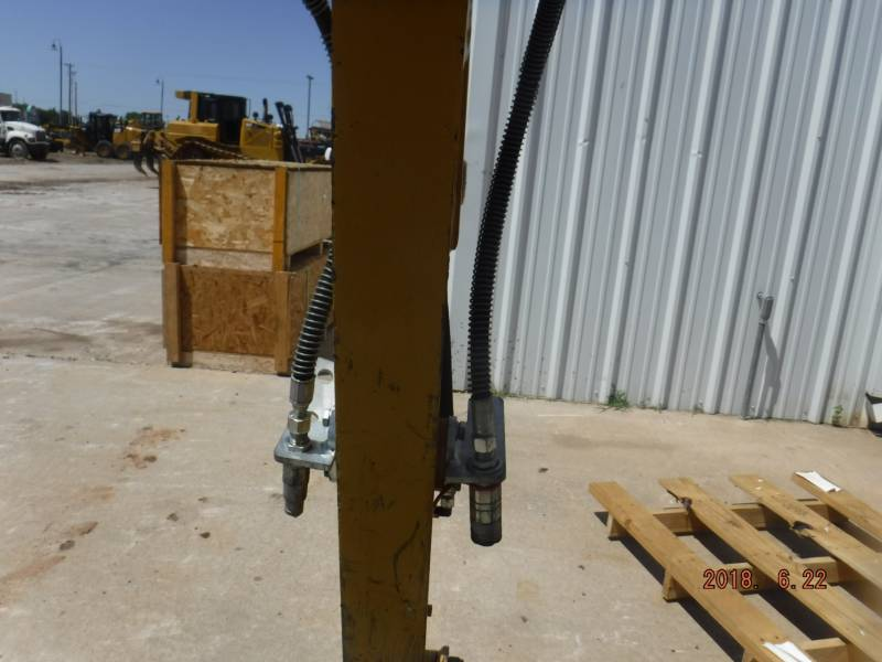 CATERPILLAR ESCAVATORI CINGOLATI 301.7DCR equipment  photo 9
