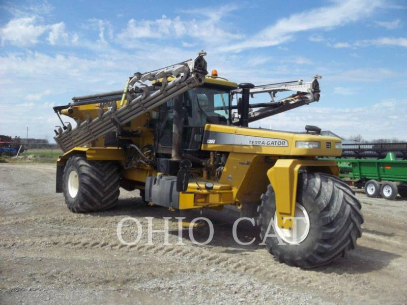 AG-CHEM SPRAYER 8203 equipment  photo 7