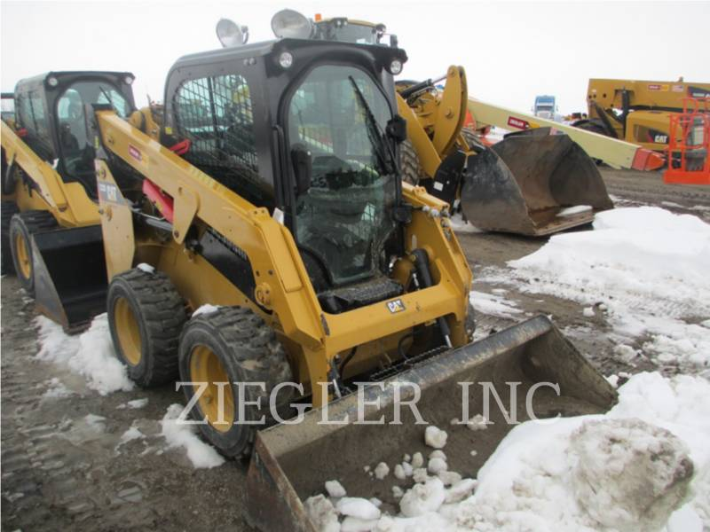 CATERPILLAR CHARGEURS COMPACTS RIGIDES 232DS equipment  photo 2