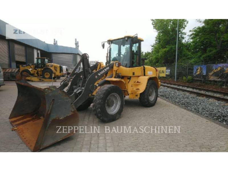 VOLVO CONSTRUCTION EQUIPMENT WHEEL LOADERS/INTEGRATED TOOLCARRIERS L40TP equipment  photo 1