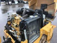 CATERPILLAR TAMBOR DOBLE VIBRATORIO ASFALTO CB24 equipment  photo 12