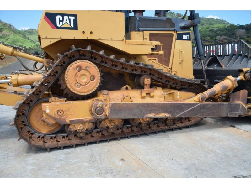 CATERPILLAR TRACK TYPE TRACTORS D9T equipment  photo 11