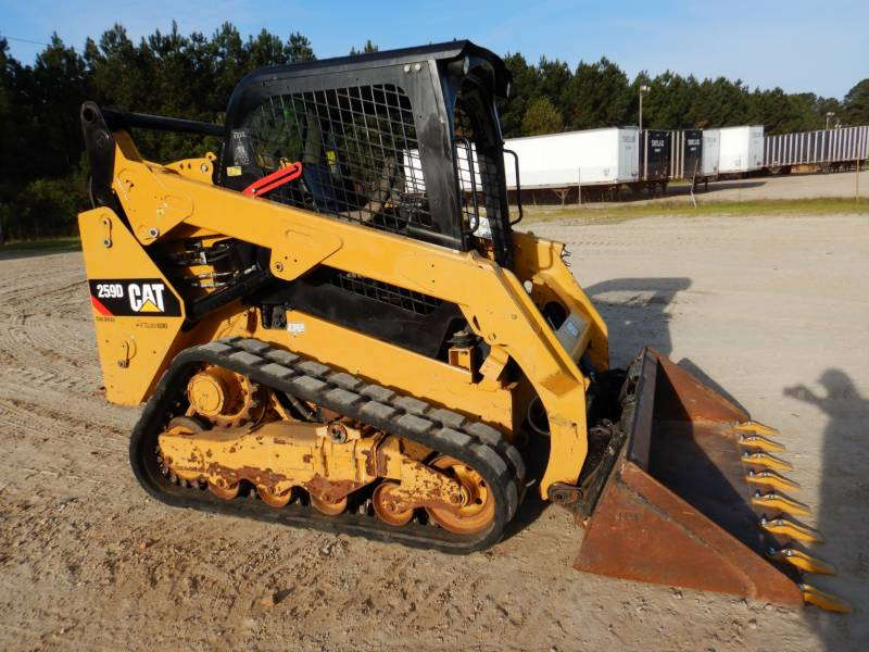 CATERPILLAR PALE CINGOLATE MULTI TERRAIN 259D equipment  photo 1