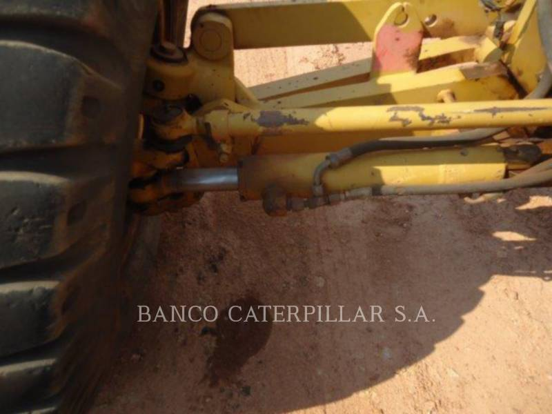 CATERPILLAR NIVELEUSES 12M equipment  photo 7