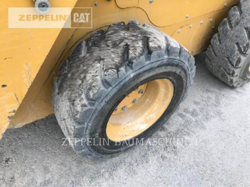 CATERPILLAR PALE COMPATTE SKID STEER 246D equipment  photo 23