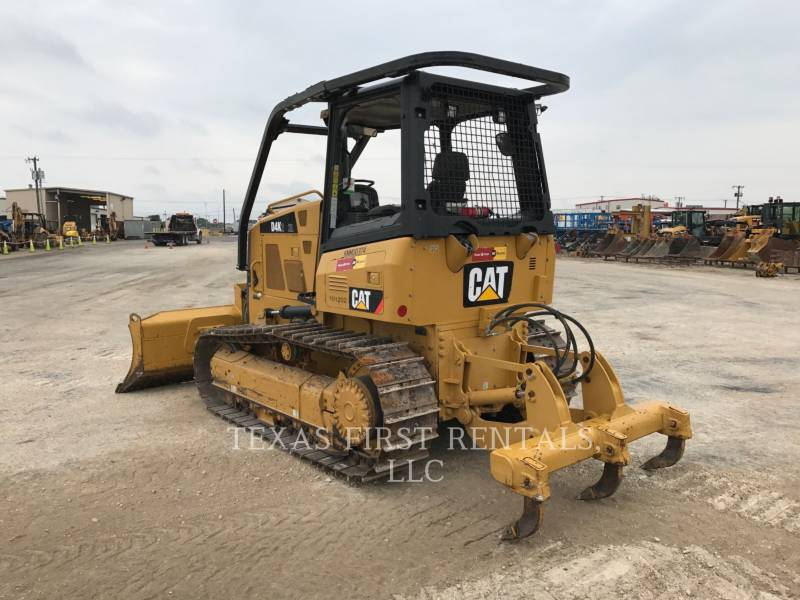CATERPILLAR TRACK TYPE TRACTORS D 4 K XL equipment  photo 4