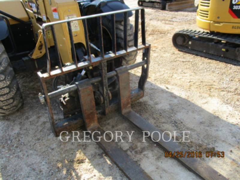 CATERPILLAR TELEHANDLER TH407 equipment  photo 1